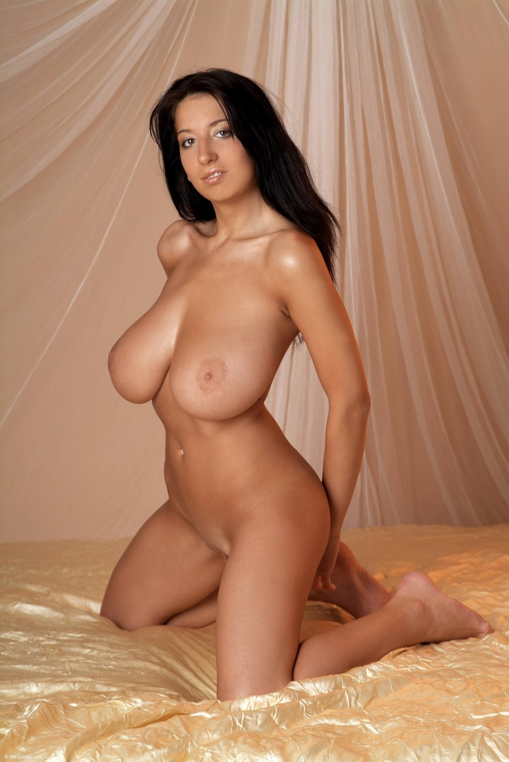 girls from wwwe naked